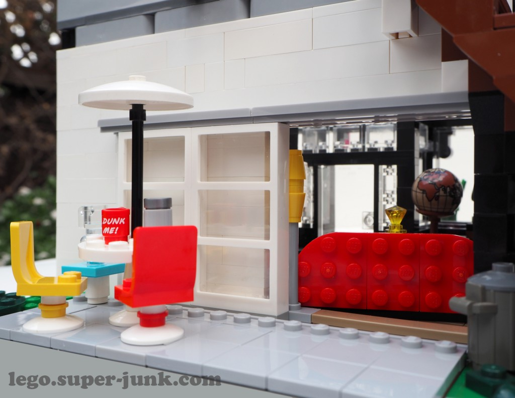 The rear patio - The antique store has a large sliding door to move large furniture through, like that huge red couch!